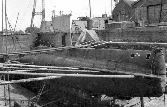 Les sous-marins néerlandais O4_dry10
