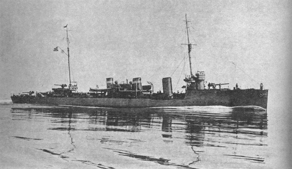 Destroyers russes/Soviétiques  - Page 7 Pronzi10