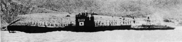 Les sous-marins japonais jusqu'en 1945 - Page 3 Ro109_10