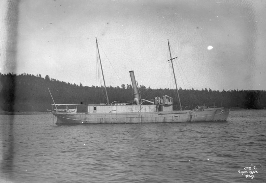 Marine norvégienne  - Page 2 Sarpen10
