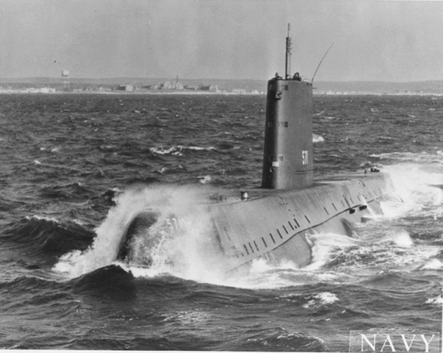 17 janvier 1955 avec le SM Nautilus 1er navigation nucléaire Ss571_10