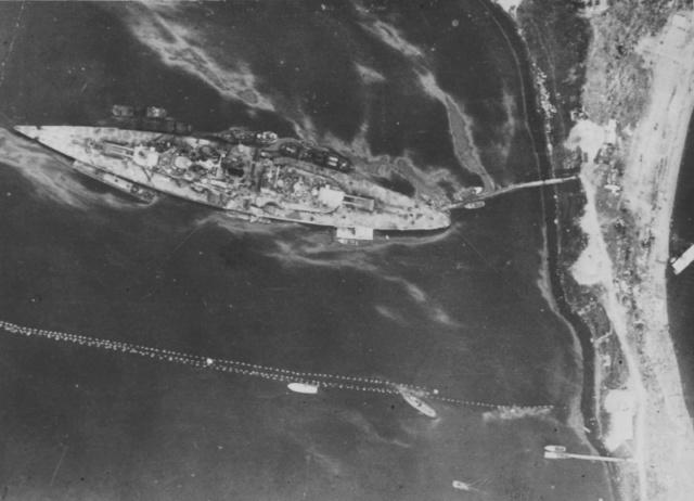 La fin du cuirassé Tirpitz Tirpit10
