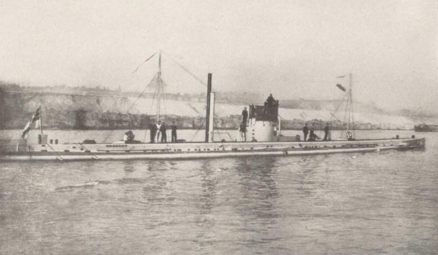 22 septembre 1914 le triplé d'Otto Weddigen  U9_cpe10