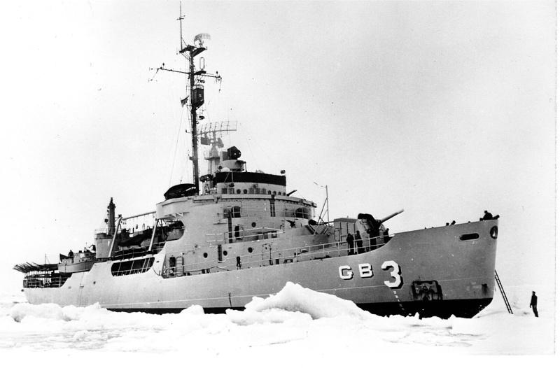 Les navires du Coast Guard Service des Etats-Unis Wag28012