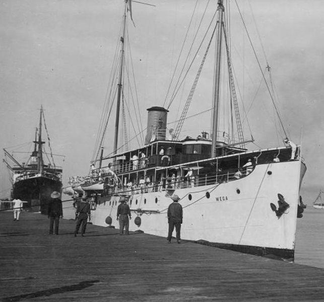 La Marine néerlandaise sauf cuirassés,croiseurs,destroyers  - Page 2 Wega_110