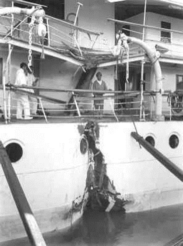 La Marine néerlandaise sauf cuirassés,croiseurs,destroyers  - Page 2 Wega_111