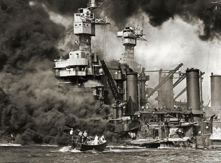 Le 7 décembre 1941,le Japon attaque Pearl Harbor - Page 5 West_v10