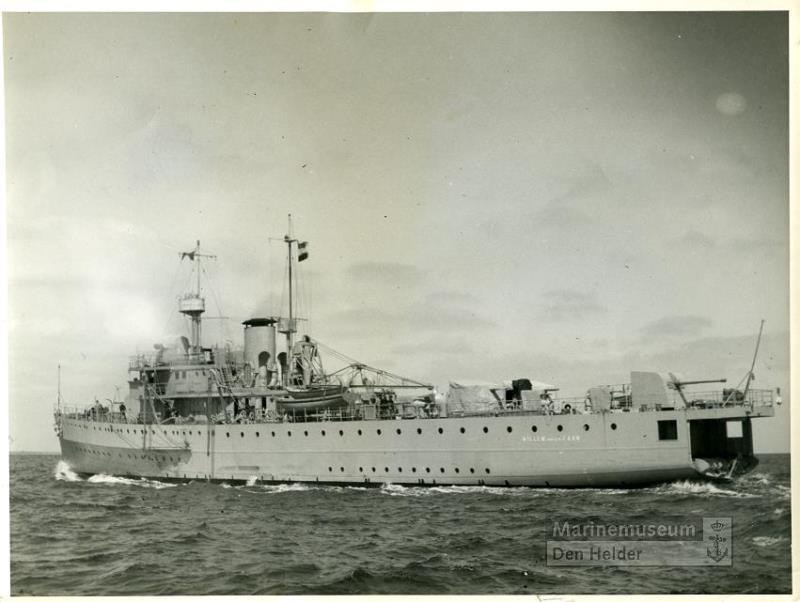 La Marine néerlandaise sauf cuirassés,croiseurs,destroyers  Willem11