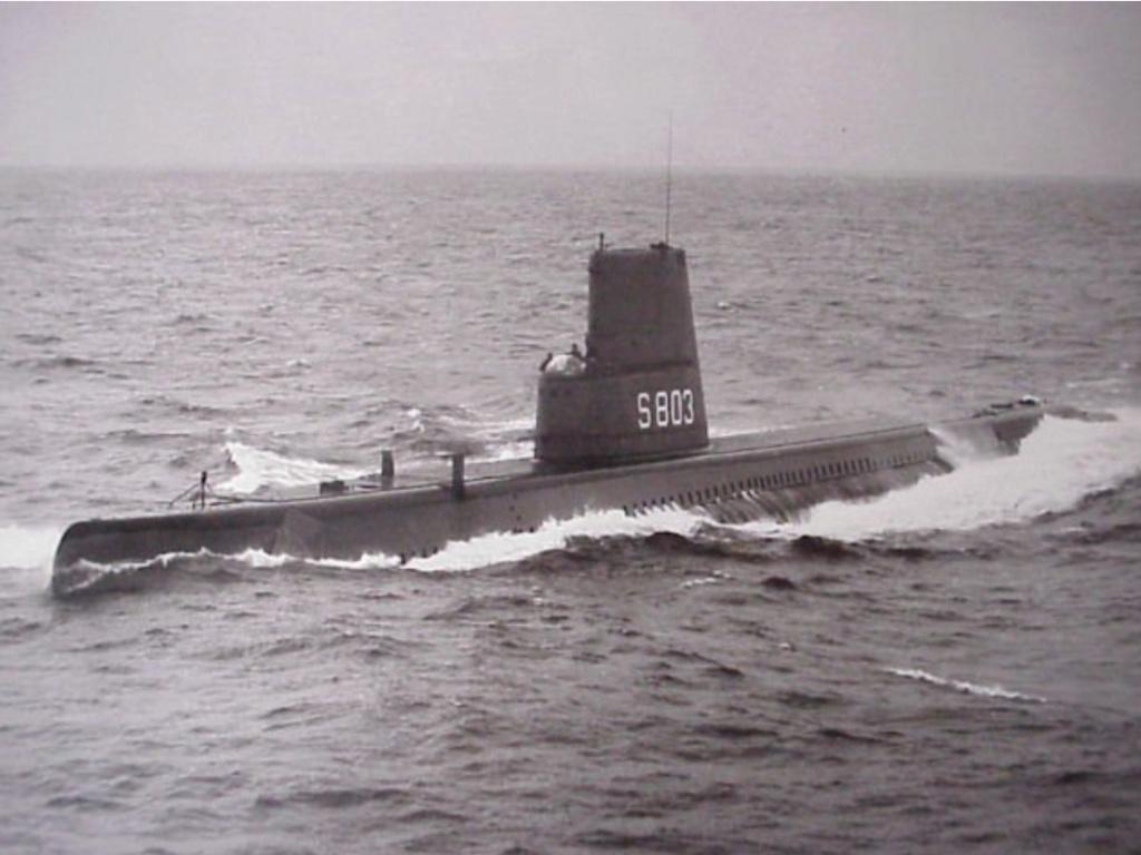 Les sous-marins néerlandais - Page 2 Zeelee10