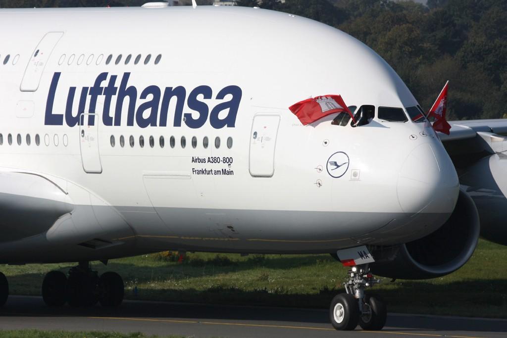 Hamburg Flughafen 100 Jahre  24.09.2011 D-aima11