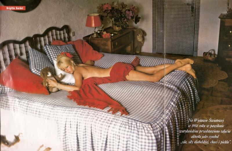 Brigitte dans le lit  Bbbbfd10