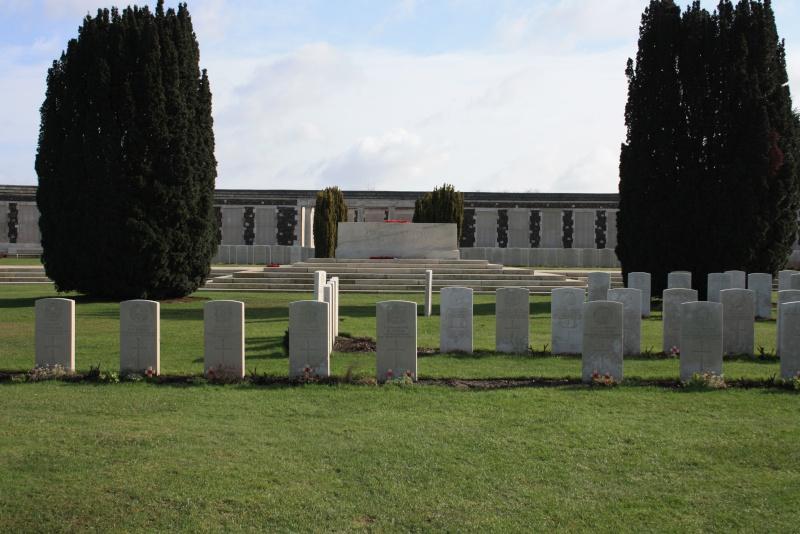 Tyne Cot Cemetery Img_2311