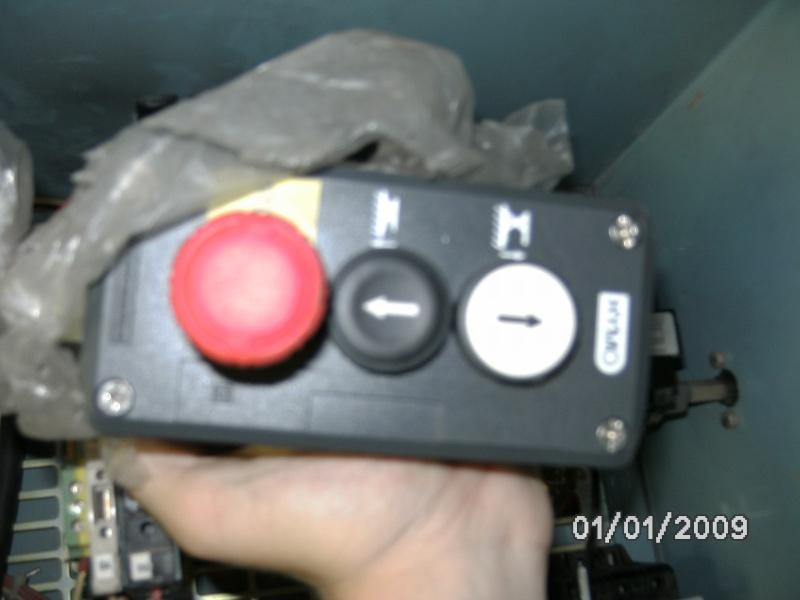 Motorisation d'un table avec du 230V Mono  - Page 4 Bild0012