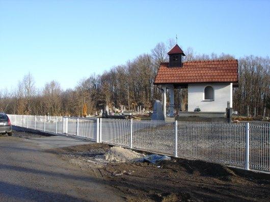 Groblje i kapela u Višnjiku - Babin greb 210