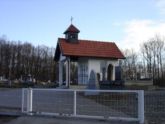 Groblje i kapela u Višnjiku - Babin greb 33458110