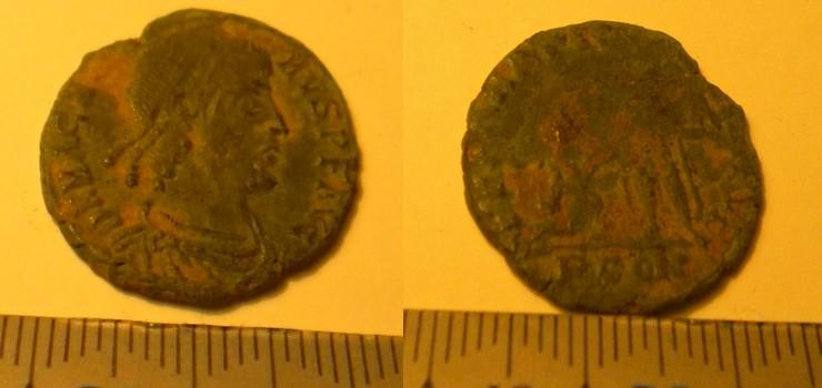 Encore une monnaie à identifier =) Consta10