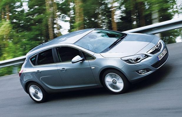 Autos/Motos,..., Documentaires & Reportages vidéos et autres - Page 6 Opel10