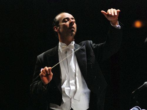 الموسيقار المصرى نادر عباسى من مؤلفى الجيل الثالث _1_111