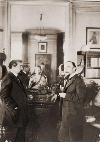 مقطوعة بعنوان En blanc et noir` suite for two pianos مؤلفة عام 1915 من اعمال ديبوسى Elt20010