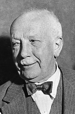ريتشارد شتراوس اخر الرومانتيكيين الالمان ومطور القصيد السيمفونى F10