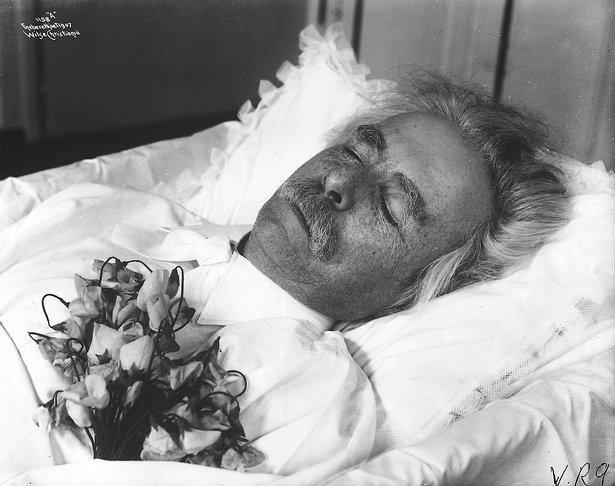 ادفارد جريج اكبر مؤلفى النرويج فى العصر الرومانتيكى Screen65