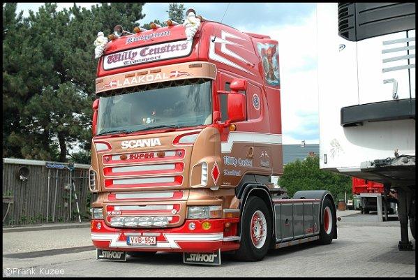 Camions du forum echelle 1 - Page 4 24044410