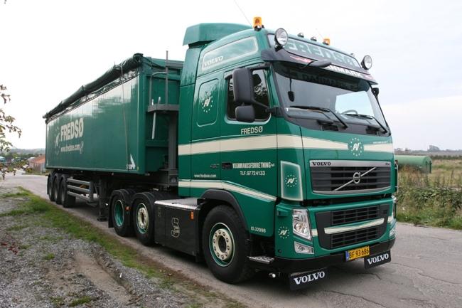 Camions du forum echelle 1 985-2-10