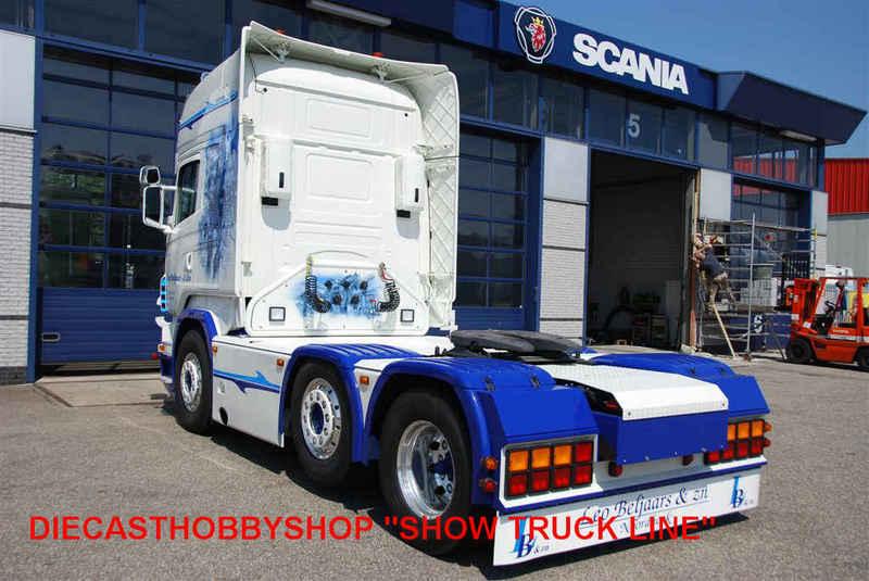 Camions du forum echelle 1 - Page 4 Scania19