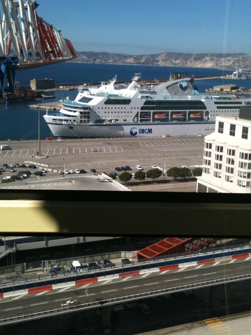 vue  sur le port de marseille Novemb14