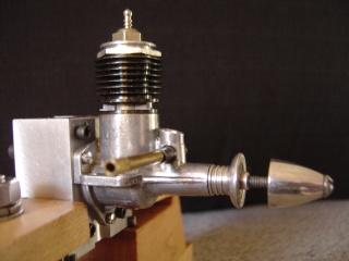 fine thread needle on Norvel's and similar engines 00322