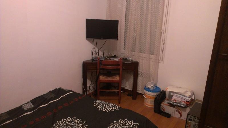 Aménagement de rangement dans une chambre Imag0412
