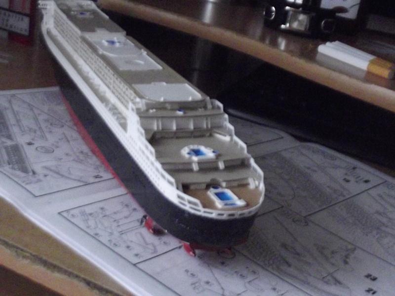 Queen Mary 2  Dscf1919