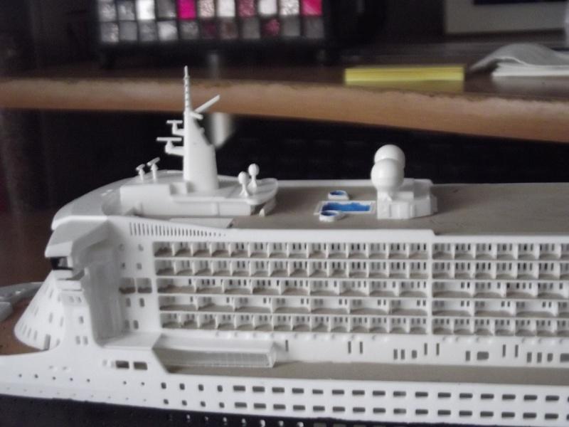 Queen Mary 2  Dscf2012