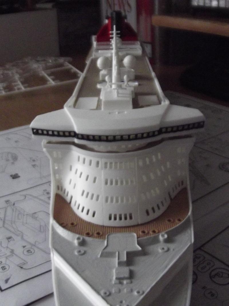 Queen Mary 2  Dscf2014