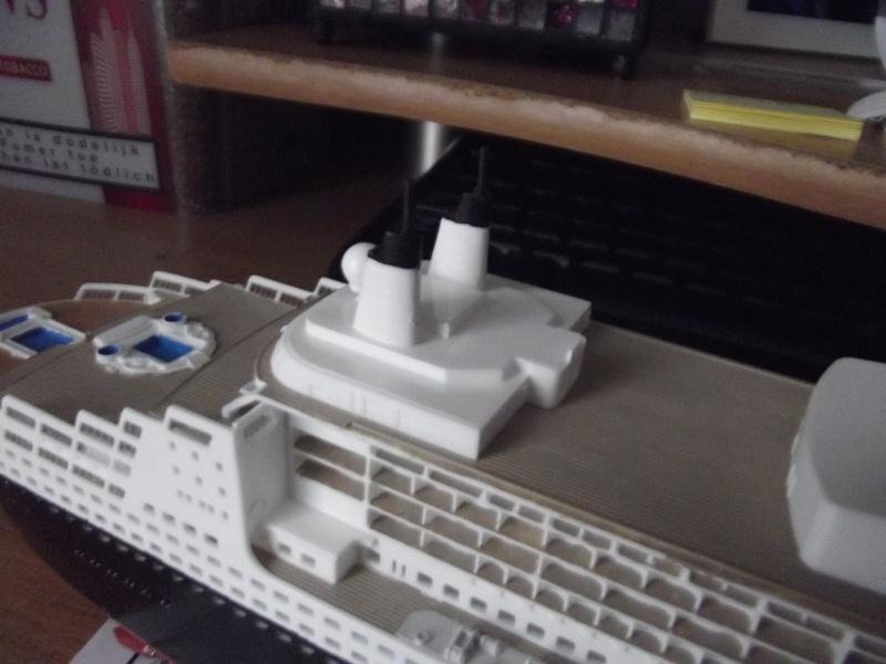 Queen Mary 2  Dscf2015