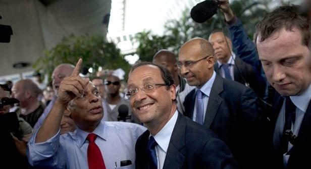 Hollande aux Antilles... Front-11