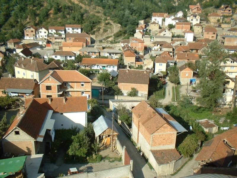 25 Foto nga Hoqa e qytetit në vitin 2005 mund ti shkarkosh me një dataj! (Linku është regulluar) Dscf0013