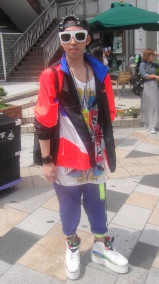 Looks de Harajuku - 原宿のファッション - Page 2 Dsc06010