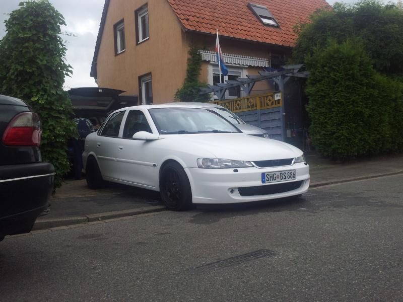 White Devil´s Neuer Vectra... 20120714
