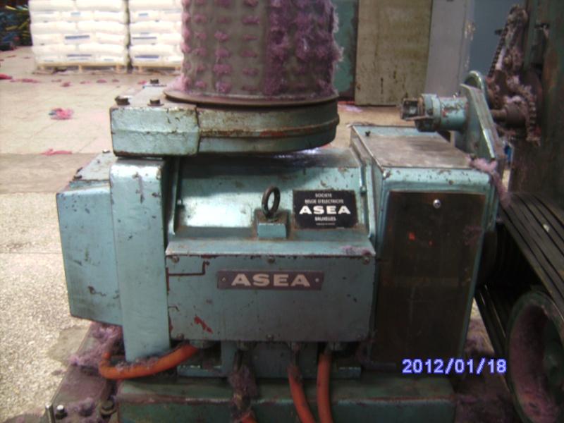moteur à vitesse variable (SCHRAGE) Pict0611