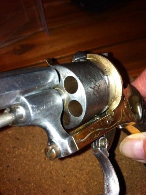 Restauration d'un petit revolver type Lefaucheux 810