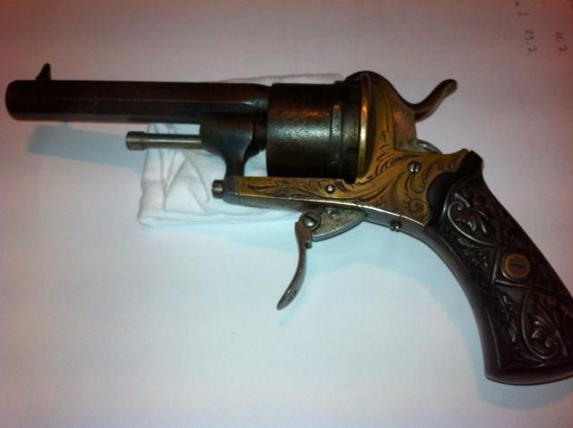 Restauration d'un petit revolver type Lefaucheux Lefauc12