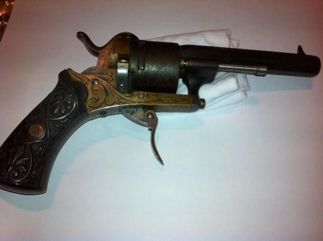 Restauration d'un petit revolver type Lefaucheux Lefauc13
