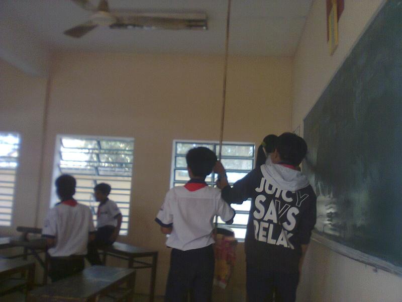 Ngày lao động lớp Hanh0313