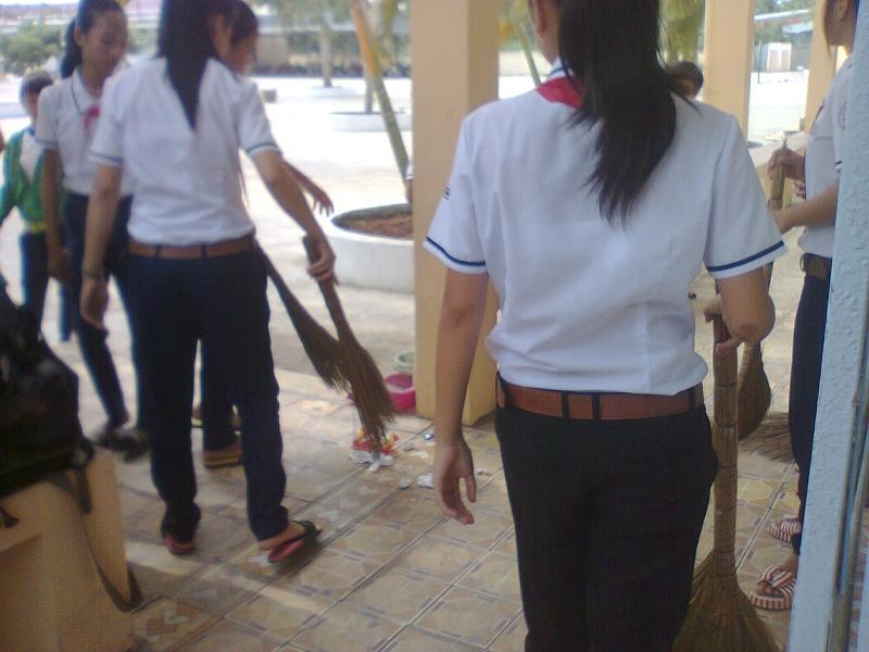 Ngày lao động lớp Hanh0315