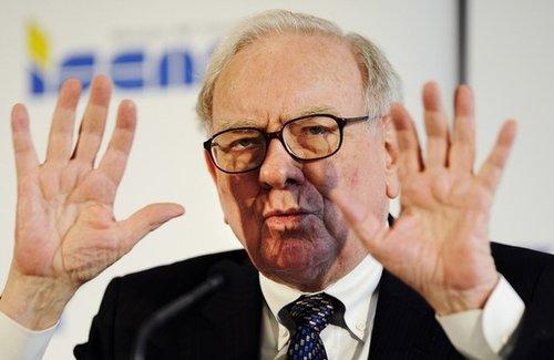 Warren Buffett - billionaire investor H-warr10