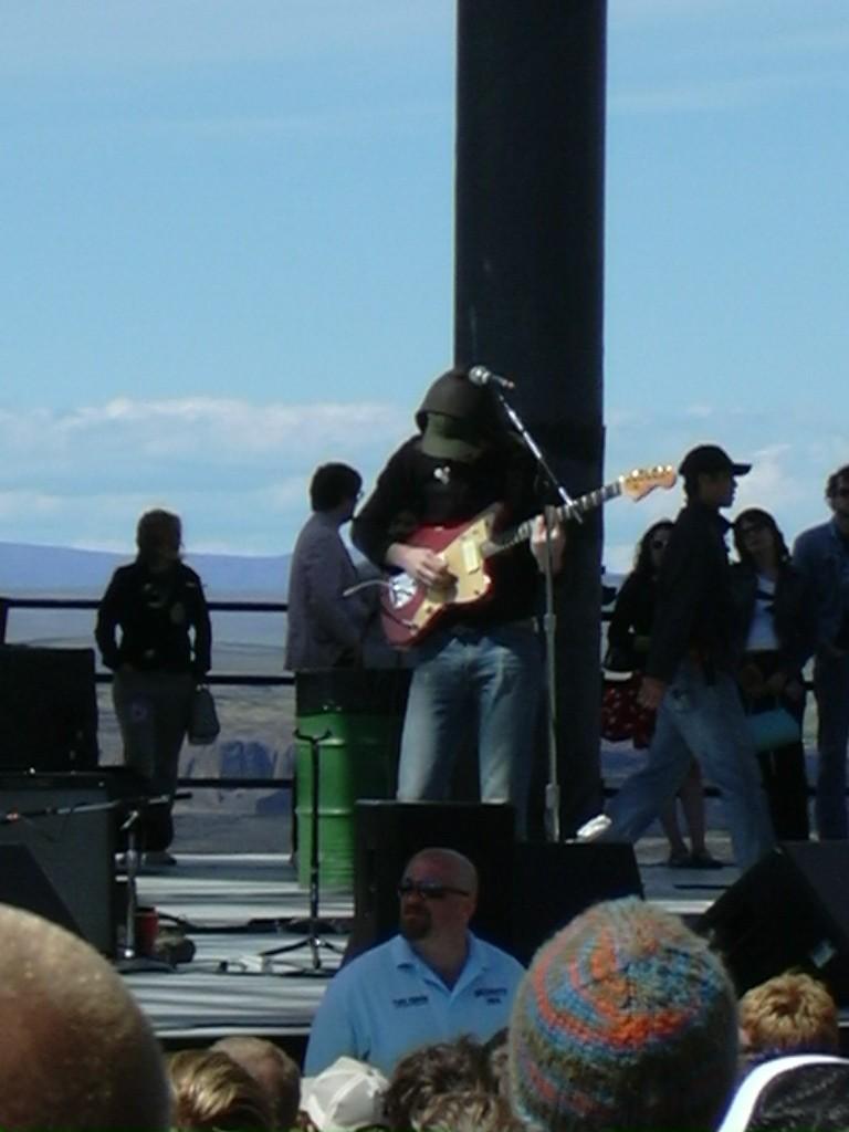 "5/29/04 - George, WA, The Gorge Amphitheater ""Sasquatch Festival"" 5-29-010"