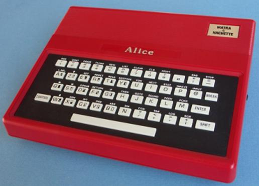 Débat : le plus moche ordinateur 8/16 bits Alice10