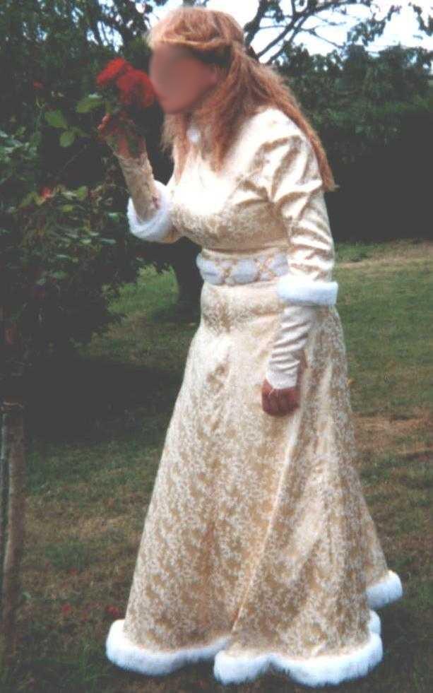 "[Histo] Ma tenue de paysanne et mes ""non-histos"" Robe_j11"
