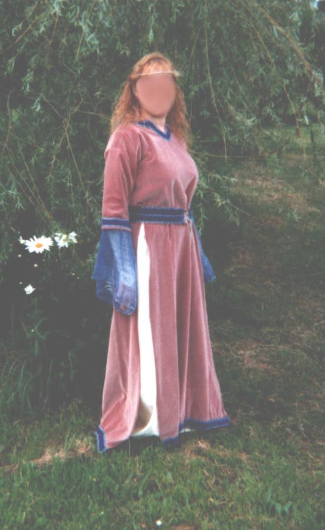 "[Histo] Ma tenue de paysanne et mes ""non-histos"" Robe_r12"
